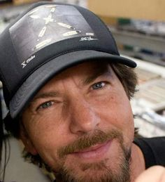 That smattering of freckles across his cheeks and nose just kill me! Mookie Blaylock, Ed Vedder, Pearl Jam Eddie Vedder, My Church, Living Legends, Great Bands, Beautiful Soul, Choir, Freckles