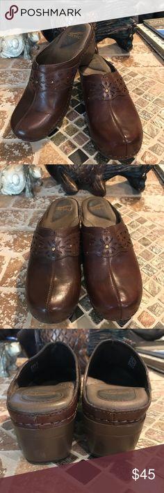 Dansko‼️ size 41 Lovely clogs. Good condition. Size 41 Dansko Shoes Mules & Clogs