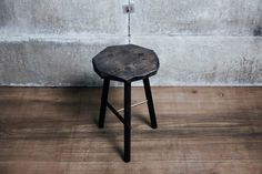 Taking cues from traditional woodsman's furniture, the PLANE Stool is a simple construction in English hardwood, updated and re-interpreted in our idiosyncratic way. The surfaces are precisel… Hand Shapes, Studio, Plane, Hardwood, Stool, Minimalist, Traditional, Simple, Furniture