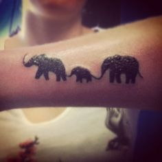 1000 images about tattoo on pinterest elephant family tattoo celtic and elephant tattoos. Black Bedroom Furniture Sets. Home Design Ideas