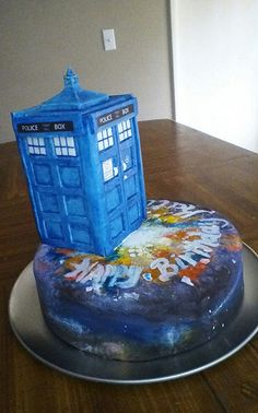 Katie's 16th Birthday Cake - Tardis, Doctor Who