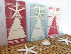 Nautical  Christmas Beach Sign Starfish Christmas Tree. $64.00, via Etsy.