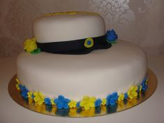 Linda Runn - Food Decoration, Cake Decorating, Decorating Ideas, Party Planning, Tartan, Birthday Cake, Minion, Desserts, Graduation