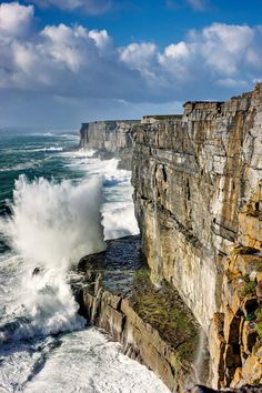 The Cliffs of Moher, Burren Region, County Clare, Ireland. Places To Travel, Places To See, County Clare, Cliffs Of Moher, Voyage Europe, Ireland Landscape, Ireland Travel, Ireland Vacation, Adventure Is Out There