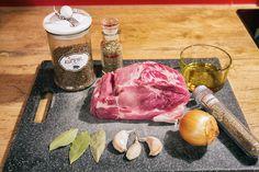 1 schweinenackenbraten rezept lucina cucina schweinenacken Steak, Food, Napkins, Roasts, Recipes, Meals, Yemek, Eten, Steaks