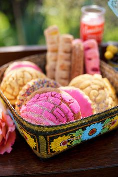 Mexican treats for your Cinco de Mayo celebration - perfect dessert in a flash. Just pick up the colorful sweets at your local Mexican bakery. Pan Dulce, Mexican Heritage, Mexican Style, Mexican Themed Weddings, Party Decoration, Table Decorations, Mexican Party, Mexican Birthday, Ideas Para Fiestas