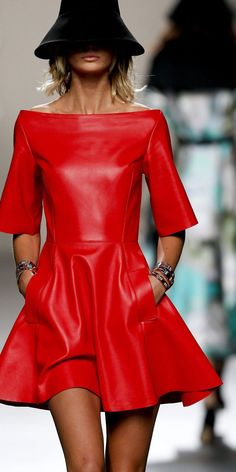 I'm speechless in front of this amazing blood red leather dress by Juanjo Oliva . # blood red # amazing Best Picture For Haute Couture details For Your Taste You are looking for someth Red Fashion, Leather Fashion, Look Fashion, Womens Fashion, Fashion Design, Fashion Dresses, Couture Fashion, Fashion Clothes, Street Fashion