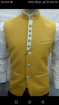 Indian Men Fashion, Nigerian Men Fashion, Mens Fashion Suits, Gents Kurta, Kurta Men, Indian Groom Wear, Waistcoat Men, Mens Kurta Designs, Mens Designer Shirts