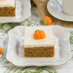 Pumpkin Bars with Cream Cheese Frosting |Pumpkin Bars recipe | That Skinny Chick Can Bake