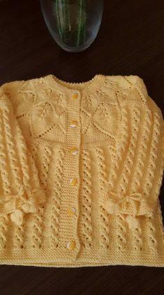 Baby Cardigan Knitting Pattern Free, Baby Sweater Patterns, Baby Knitting Patterns, Crochet Bedspread, Baby Blanket Crochet, Crochet Baby, Handmade Baby Blankets, Handmade Baby Gifts, Knitted Baby Clothes