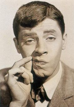 Jerry Lewis.  Love this guy!    http://www.jerrylewiscomedy.com/