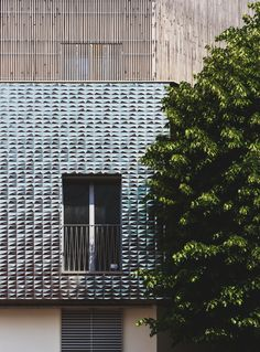 Image 9 of 49 from gallery of New Regolo Quarter / Atelier(s) Alfonso Femia. Photograph by Luc Boegly Ludwig Mies Van Der Rohe, Building Exterior, Facade Design, Facade Architecture, Building Materials, Design Projects, Blinds, Wall Decor, Gallery