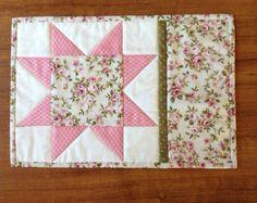 Rosas estrella dientes de sierra, alfombra taza mat vela, estera de merienda, mantel, día de las madres, regalo, patchwork, regalo del retiro, acolchado de regalo
