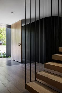 Repurposing the existing home's, Aroona House sees Neil Architecture transforms the building's past into a more responsive present incarnation. Staircase Architecture, Modern Staircase, Interior Architecture, Home Stairs Design, Home Interior Design, House Design, Railing Design, Foyers, Minimal Design