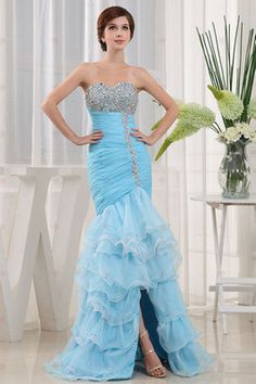 Strapless Sweetheart-Ausschnitt Perlen Bustband bodenlangen Organza Abendkleider 311,24 €   170,73 €