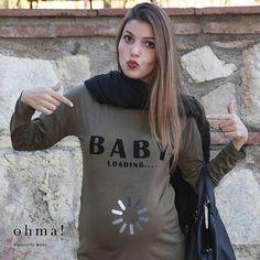 Baby loading... #camisetapremama #embarazo #embarazada #pregnant #pregnancy #maternidad #ropaparaembarazadas #ropapremama #maternitywear #futuramadre #babyloading #formum #ohmabarcelona #ohma