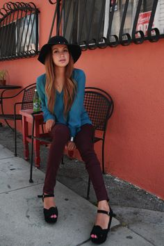 Blouse: BCBG | Skinnys: Pac Sun | Hat: gifted Lulu*s | Wedges: Chinese Laundry