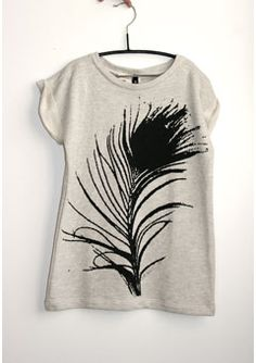 Just got this in and it is heading straight out . this is a tee dress or shirt which can be worn lots of ways. By Danish label 'Sprout By Gro'. Feather Print, Tween Girls, Tee Dress, My Baby Girl, Looks Great, Kids Fashion, Sporty, T Shirts For Women, Knitting