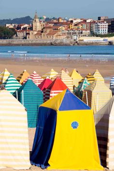 the stripes are the best pattern, Saint Lawrence Beach, Gijon, Asturias All About Spain, Asturias Spain, Beach Vibes, Spanish Towns, Paraiso Natural, Southern Europe, Basque Country, Spain Travel, World Heritage Sites