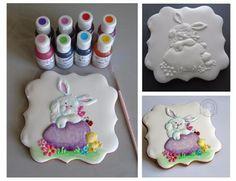 Прикрепленное изображение Sugar Cookie Icing, Royal Icing Cookies, Cupcake Cookies, Cupcakes, Cake Decorating Magazine, Cookie Decorating, Christmas Sugar Cookies, Easter Cookies, Paint Cookies