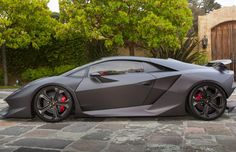 The Amazing Lamborghini Sesto Elemento