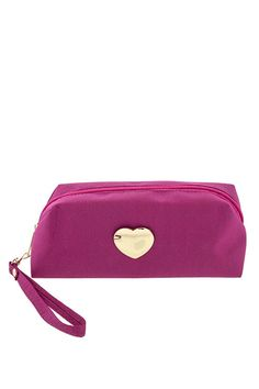 HEART CASTING COSMETIC POUCH #wholesale #fall #bags #purse #sorbet #accessories #handbag #clutch #fashion #clothing #ootd #wiwt #shopitrightnow