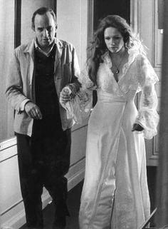 Ingmar Bergman et l\'actrice Liv Ullman durant le tournage de «Cris et chucotements» en 1971.