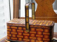 Pannier Basket S.フランスアンティークかごパニエ模様持ち手付き缶 インテリア 雑貨 家具 Antique ¥4500yen 〆05月13日
