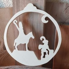 Wood Slices, Diy, Ornaments, The Originals, Sculptures, Bricolage, Wood Rounds, Do It Yourself, Christmas Decorations