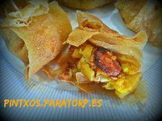 PINTXOS PARA TORPES. Pintxos,tapas,aperitivos,entrantes,pinchos,canapes faciles: Crujientes de huevos rotos con chorizo