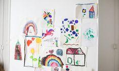 The Socialite Family   Art enfantin, chez Carrie Solomon. #portrait #meet #carriesolomon #chef #paris #appartement #flat #american #food #photographer #salon #livingroom #blanc #kids #enfants #art #déco #home #inspiration #idea #thesocialitefamily