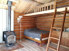 Yukon Log Cabin - Guesthouses for Rent in Whitehorse, Yukon Territory, Canada
