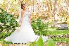 Google Image Result for http://www.coryryan.com/blog/wp-content/uploads/2011/10/Umlauf-Sculpture-Garden-Bridal-Photography-001.jpg