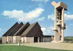 "germanpostwarmodern: ""Reformed Church in Effretikon, Switzerland, by Ernst Gisel "" Switzerland House, Switzerland Hotels, Powerful Art, Vintage Fashion 1950s, Interesting Buildings, Kirchen, Cemetery, Brick, Scenery"