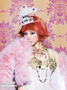 http://www.soompi.com/2012/12/22/girls-generations-i-got-a-boy-all-photo-teasers-revealed-taeyeons-d-10-video-message/