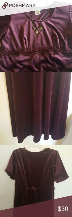 """Velvet maxi vintage Gorgeous velvet burgundy maxi dress  Fitted at the top while flare at the bottom  Tides at the back , bell short sleeves.  Very nice crochet details at the front  Pit to pit approximately 20"""" waist 34"""" lengh 51"""" Dresses Maxi"""