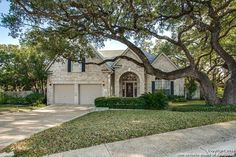 See this home on @Redfin! 3226 Mid Hollow Dr, San Antonio, TX 78230-4072 (MLS #1155825) #FoundOnRedfin