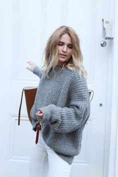 Oversized sweater with white jeans.