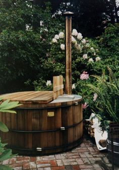 Wood burning hot tub... My two favourite things. Fire's and hot tubs.