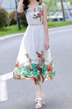 Fashionable Sleeveless Scoop Collar Floral Print Chiffon Dress For Women