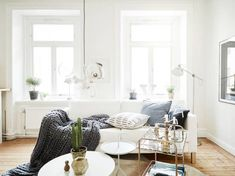 Wondrous 16 Tips on Arranging a Small Apartment