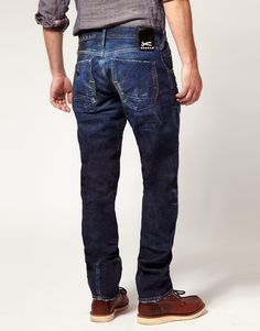 Denham Jeans saw these jeans on the Paris Metro and thought they were so cool! Denham Jeans, Estilo Denim, Paris Metro, Japanese Denim, Dress For Success, Fashion Accessories, My Style, Joyful, Edc