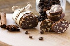 These No-Bake Chocolate Salami Rolls Make A Perfect Last Minute Gift!