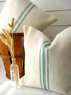 Burlap Pillow Set / Grainsack Pillow / Cape Cod Pillow / Cottage Chic Pillow/ Beach Pillow / Rustic Decor / Farmhouse Pillow / Choose Burlap and Stripe Color These grain sack burlap pillows are perfect for most decor styles. Our pillow covers would look beautiful in any room of your house and goes with decorating styles from country chic, shabby chic, cottage chic, French farmhouse to coastal beach. They make great decorative pillows for any room. In this l...