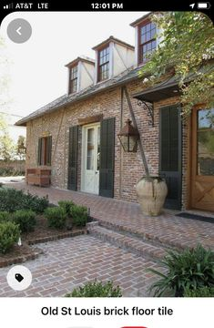 Brick Tiles, Brick Flooring, Brick And Wood, Brick And Stone, Residential Real Estate, Residential Architecture, Brick Building, Building A House, Building Ideas