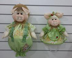 PUXA-SACO Porquinho / PORTA PANO DE PRATO Porquinha Produzido em tecido 100% algodão em padrão aleatório, conforme disponibilidade do mercado.