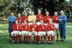 England National Football Team - History, Famous Teams, Star Players and What to Expect - WhaleBets Bobby Charlton, Jack Charlton, England National Football Team, England Football, National Football Teams, Gordon Banks, Bobby Moore, Best Football Team, Football Photos