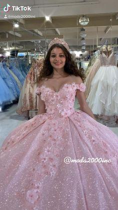 Sweet 16 Dresses, 15 Dresses, Ball Dresses, Pretty Dresses, Bridal Dresses, Beautiful Dresses, Ball Gowns, Dress Wedding, Mexican Quinceanera Dresses