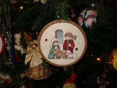 Cross Stitch Christmas Cards, Christmas Charts, Christmas Cross, Christmas Sewing, Christmas Nativity, Christmas Ornaments, Cross Stitching, Cross Stitch Embroidery, Cross Stitch Patterns