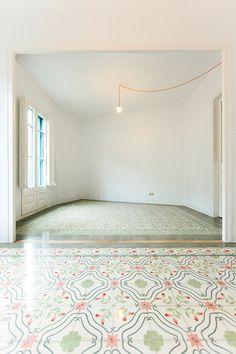 Eva Cotman · Apartment Renovation in Eixample, Barcelona Empty Spaces, Empty Room, Casa Loft, Interior Architecture, Interior Design, Apartment Renovation, Best Flooring, Terrazzo, Sweet Home